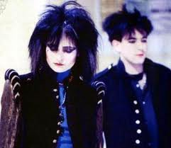 "Siouxie Sioux y Robert Smith (""The Cure"") indudablemente influenciaron la moda Dark"