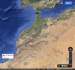 Otra versión dice que la canción se inspiró en el trayecto entre Guelmin y Tantan, también en Marruecos (Y muy lejos de Kashmir)