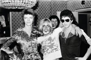Bowie, Pop y el ya fallecido Lou Reed, en la época en que vivieron y trabajaron juntos en Berlín, produciendo obras que trascendieron las modas del momento